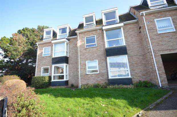 2 Bedrooms Flat for sale in Rosemont Court, Church Road, Exeter, Devon