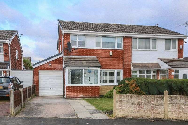 3 Bedrooms Semi Detached House for sale in Portland Close, Wigan