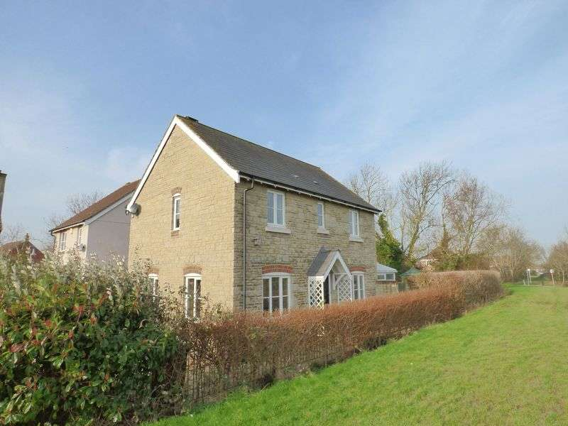 3 Bedrooms Detached House for sale in Meadow Place, St Georges, Weston-Super-Mare
