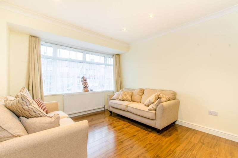 3 Bedrooms House for sale in Lynmouth Gardens, Perivale, UB6