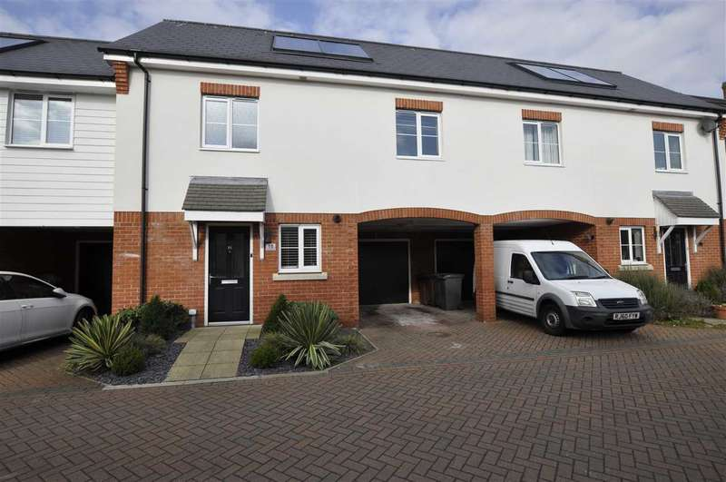 3 Bedrooms Terraced House for sale in Chinery Close, Chelmsford