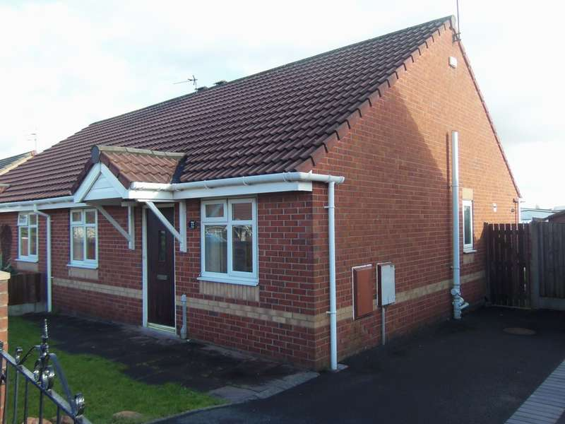 2 Bedrooms Semi Detached Bungalow for sale in Gateside Close, Netherley, Liverpool