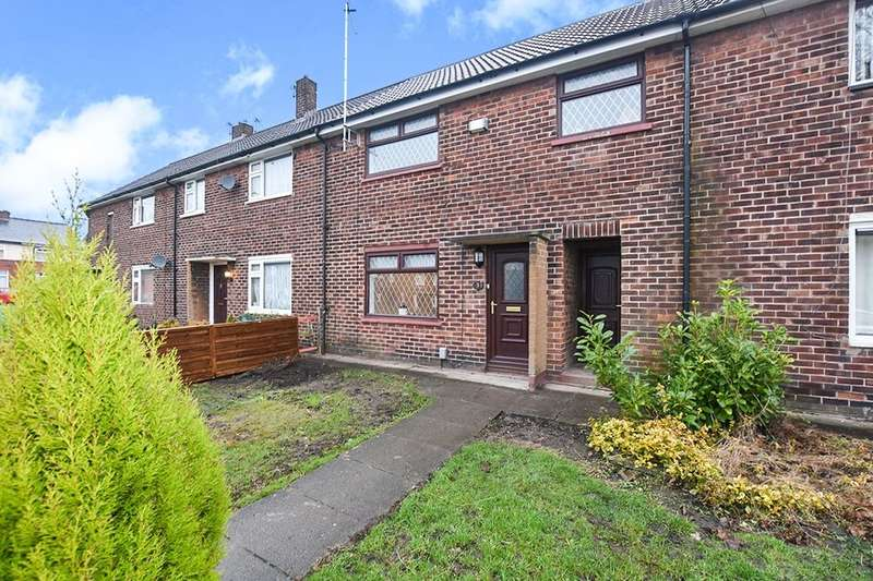 3 Bedrooms Property for sale in Milton Road, Radcliffe, Manchester, M26