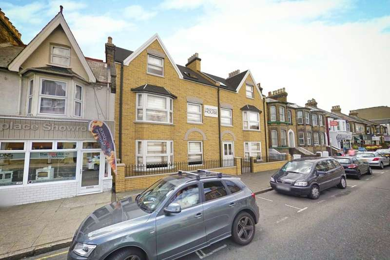 2 Bedrooms Flat for sale in High Street, Herne Bay, CT6