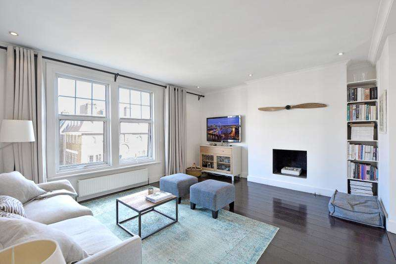 2 Bedrooms Flat for sale in Beaufort Mansions, Beaufort Street, London, SW3