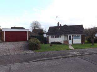 2 Bedrooms Bungalow for sale in Ladywood Road, Cuxton, Rochester, Kent