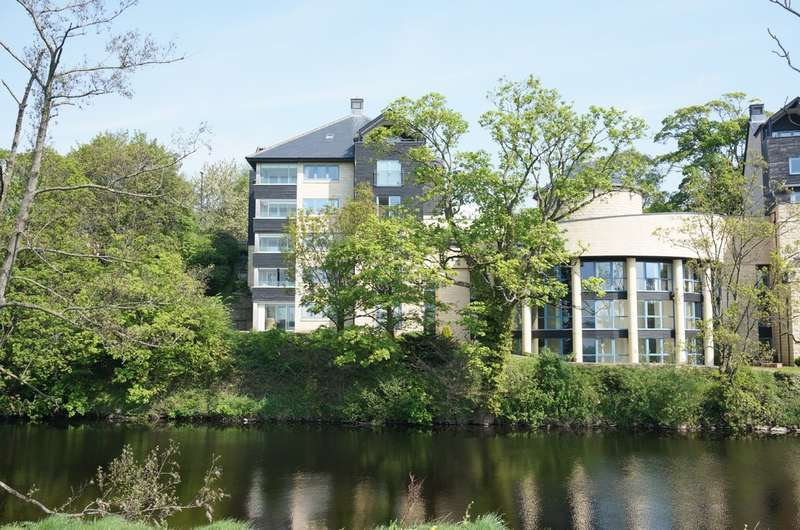 2 Bedrooms Flat for sale in West Wing Apartment, Riverside, Westgate, Wetherby, LS22
