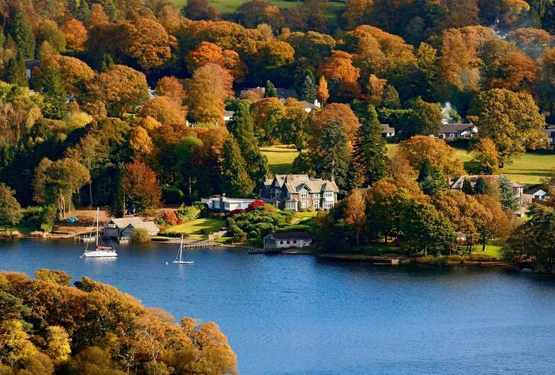 4 Bedrooms Flat for sale in Waters Edge, 4 Cannon Close, Storrs Park, Bowness-on-Windermere