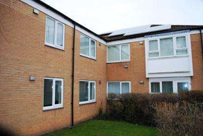 1 Bedroom Flat for sale in Hall Meadow, Cheadle Hulme, Cheadle, Greater Manchester