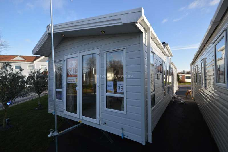 2 Bedrooms Caravan Mobile Home for sale in Broadland Sands Holiday Park, Coast Road, Corton, Lowestoft