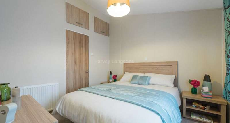 3 Bedrooms Lodge Character Property for sale in Broadland Sands Holiday Park, Coast Road, Corton, Lowestoft