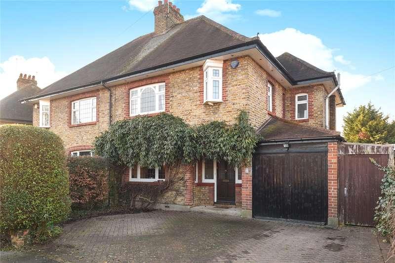 4 Bedrooms Semi Detached House for sale in Elmbridge Drive, Ruislip, Middlesex, HA4