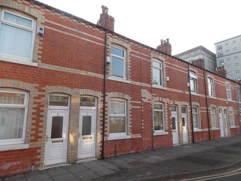 2 Bedrooms Terraced House for sale in Boswell Street, Middlesbrough, TS1 2HT