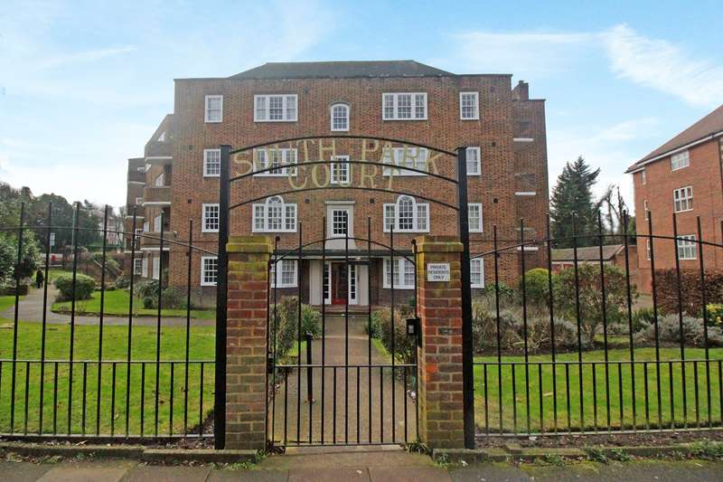 2 Bedrooms Flat for sale in Park Road, Beckenham, BR3