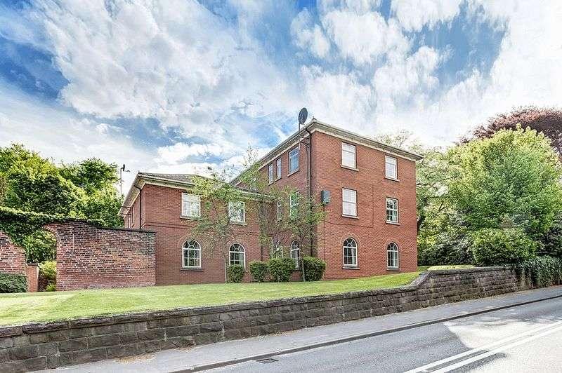 1 Bedroom Flat for sale in Park Lane, Congleton