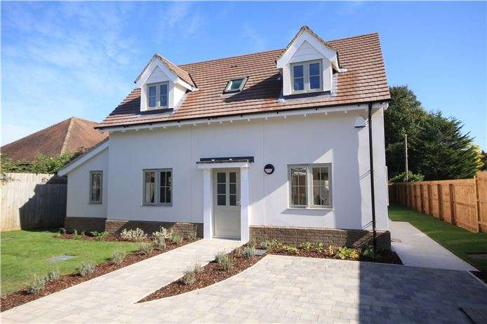 4 Bedrooms Detached House for sale in Cambridge Road, Great Shelford, Cambridge