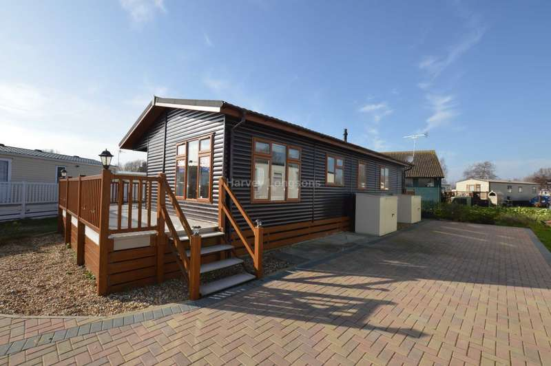 3 Bedrooms Lodge Character Property for sale in Chichester Lakeside Holiday Park, Vinnetrow Road, Chichester