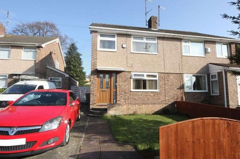 3 Bedrooms Semi Detached House for sale in Lea Close, Prenton