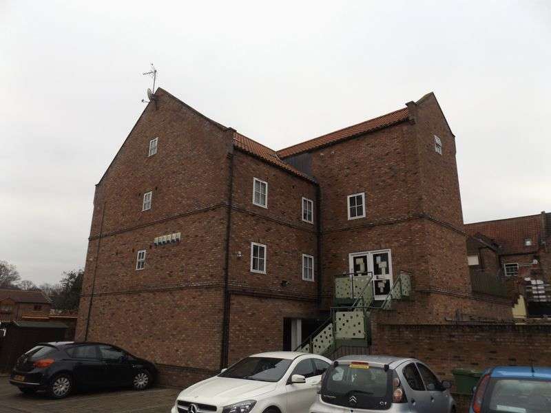 1 Bedroom Commercial Property for sale in Mill Wynd, Yarm