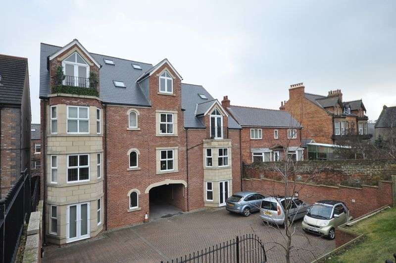3 Bedrooms Flat for sale in Cleveland Terrace, Whitby