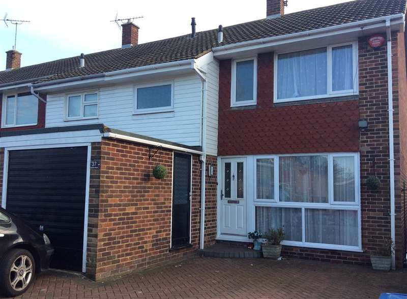3 Bedrooms Semi Detached House for sale in Camden Road, Broadstairs