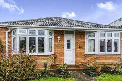 3 Bedrooms Bungalow for sale in Shirley, Southampton, Hampshire