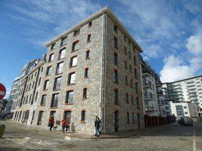 1 Bedroom Flat for sale in Hawkers Avenue, Plymouth, Devon