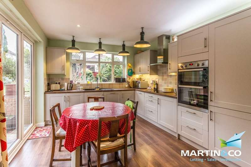 3 Bedrooms Detached House for sale in Weymoor Road, Harborne, B17