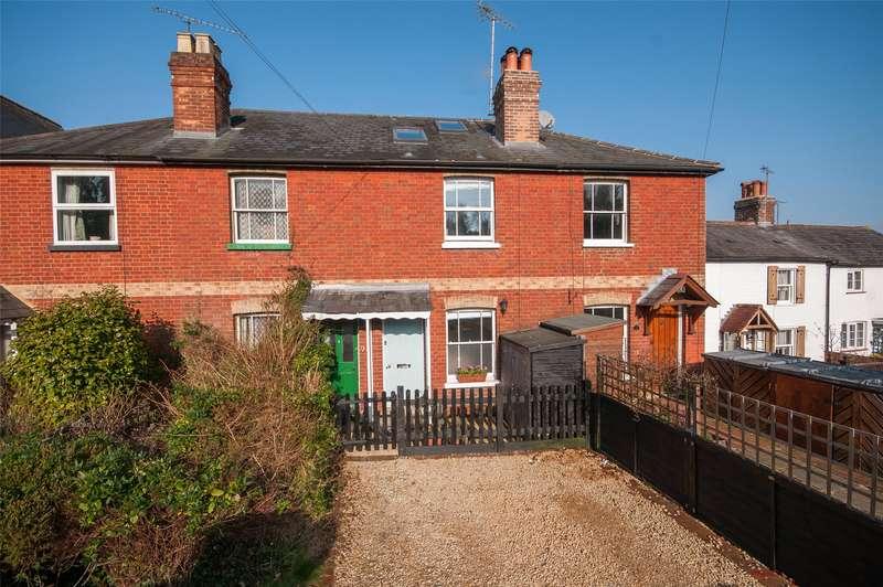 3 Bedrooms Terraced House for sale in Furlong Road, Westcott, Dorking, Surrey, RH4