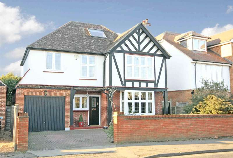 4 Bedrooms Detached House for sale in Camphill Road, West Byfleet, Surrey, KT14