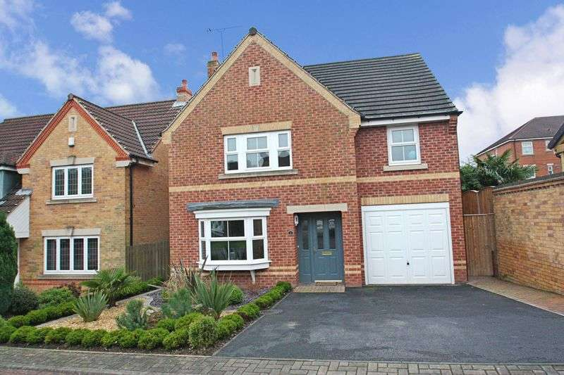 4 Bedrooms Detached House for sale in Ponden Close, Hemsworth
