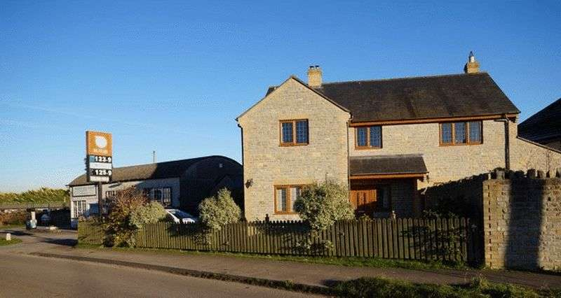 4 Bedrooms Detached House for sale in Westhay, Near Glastonbury