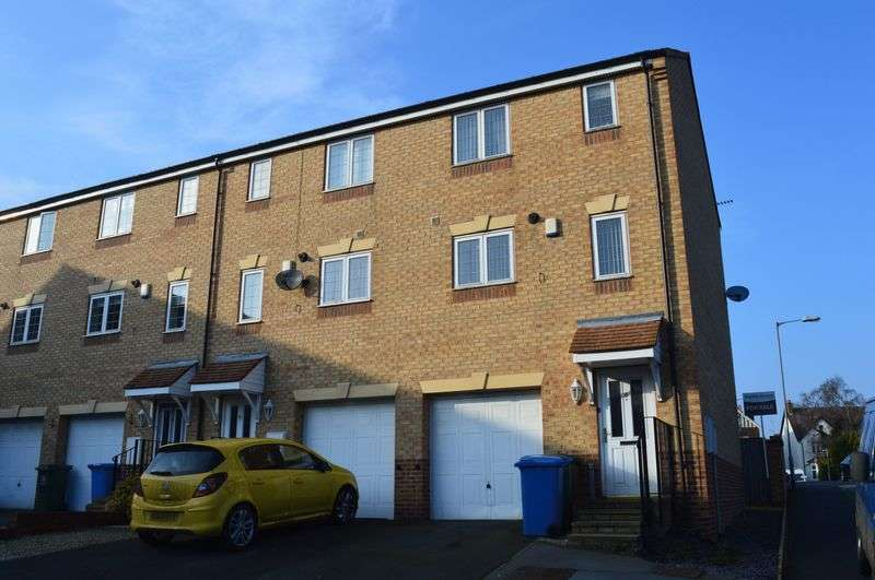 3 Bedrooms Terraced House for sale in Cygnet Fold, Mansfield Woodhouse