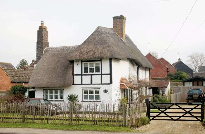 2 Bedrooms Detached House for sale in Thame, Oxfordshire