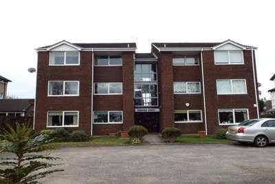 2 Bedrooms Flat for rent in Stanley Road, Hoylake