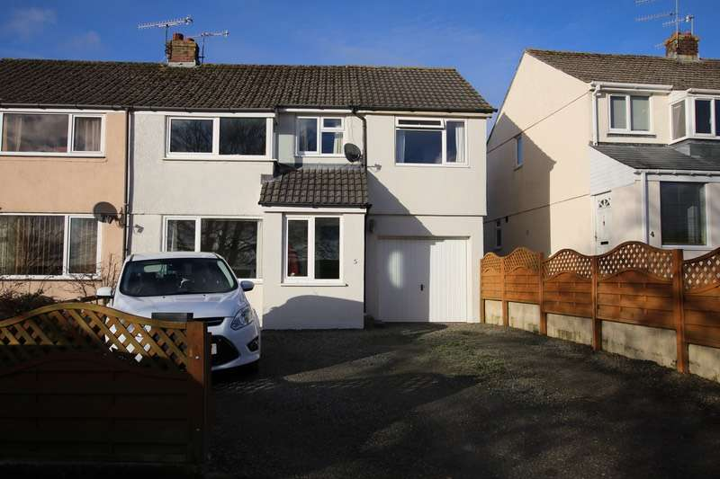 4 Bedrooms Semi Detached House for sale in Kay Crescent, Bodmin, Cornwall, PL31