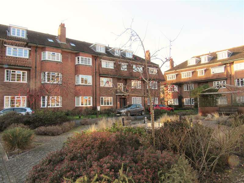 2 Bedrooms Flat for sale in Beechwood Court, West Street Lane, Carshalton, SM5 2PZ