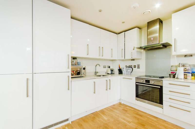 1 Bedroom Flat for sale in High Road, Wembley, HA9