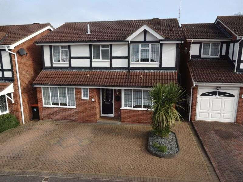 4 Bedrooms Detached House for sale in Milton Way.