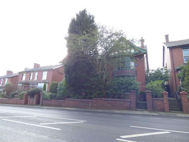 4 Bedrooms Property for sale in Middleton Road, Chadderton, Oldham, OL9