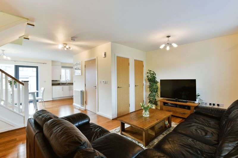 3 Bedrooms Terraced House for sale in Tomblin Mews, Streatham Vale, London