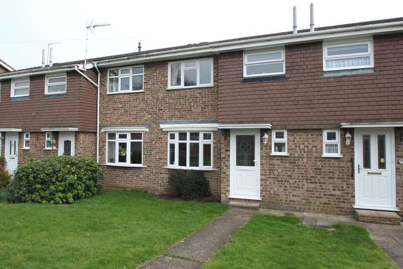 3 Bedrooms Terraced House for sale in Perram Close, Turnford, Broxbourne, EN10 6AT