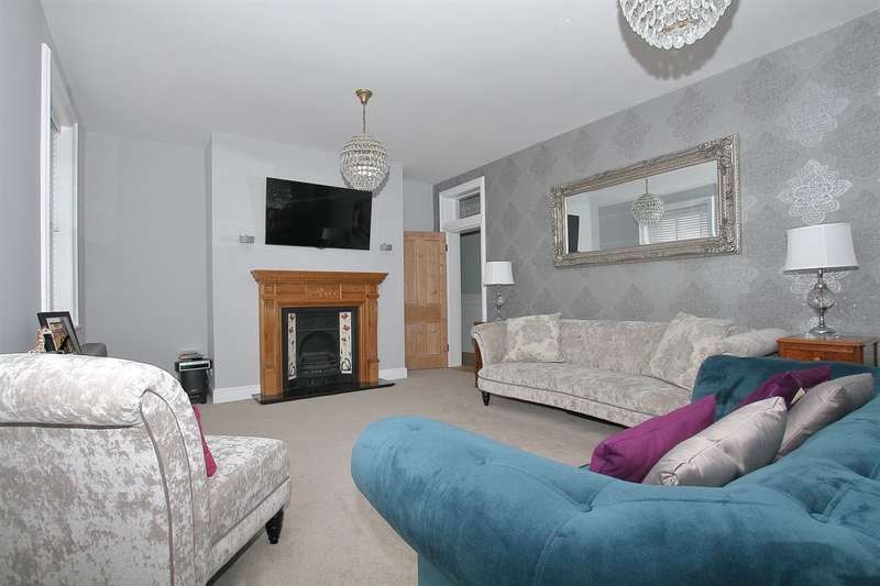 5 Bedrooms Flat for sale in Sussex Gardens, Westgate-on-Sea