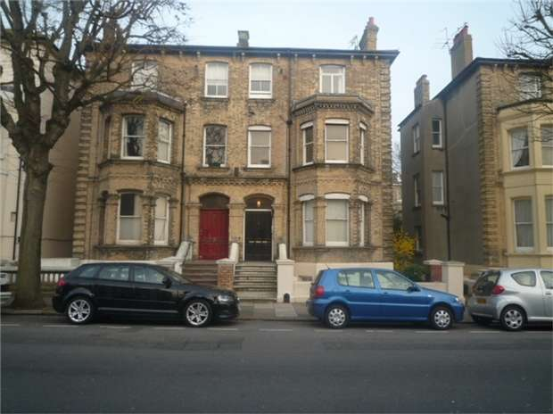 2 Bedrooms Flat for sale in Selborne Road, HOVE, East Sussex