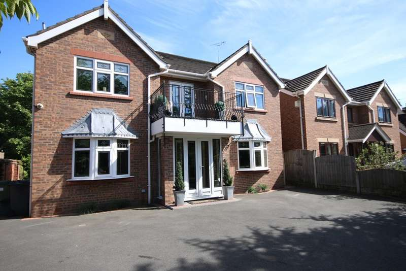 6 Bedrooms Detached House for sale in Lulworth Road, Birkdale, Southport