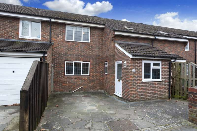 3 Bedrooms Terraced House for sale in Cook Road, Horsham