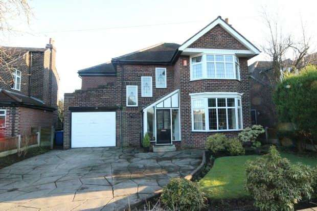 4 Bedrooms Detached House for sale in Kenilworth Road, Sale