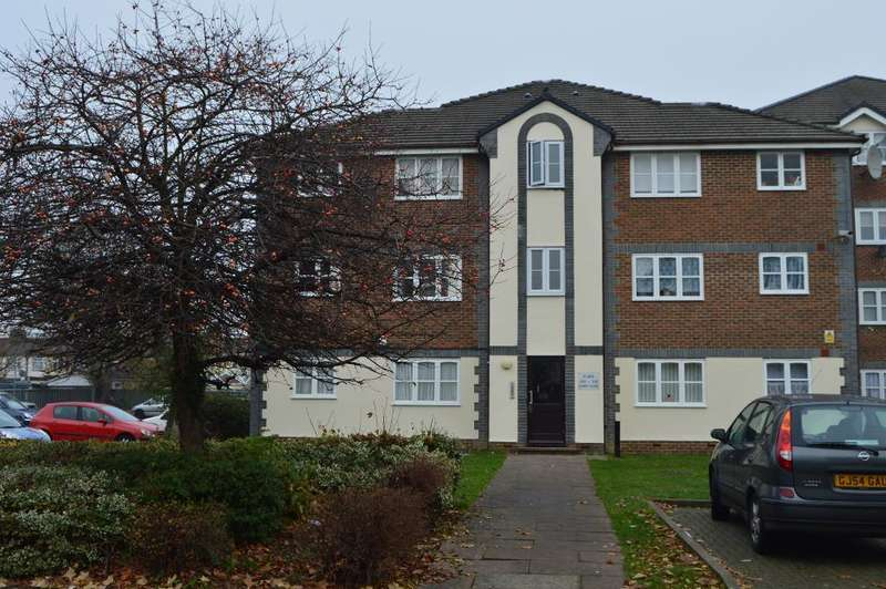 1 Bedroom Flat for sale in Keats Close, Enfield, London, UK, EN3 4PR