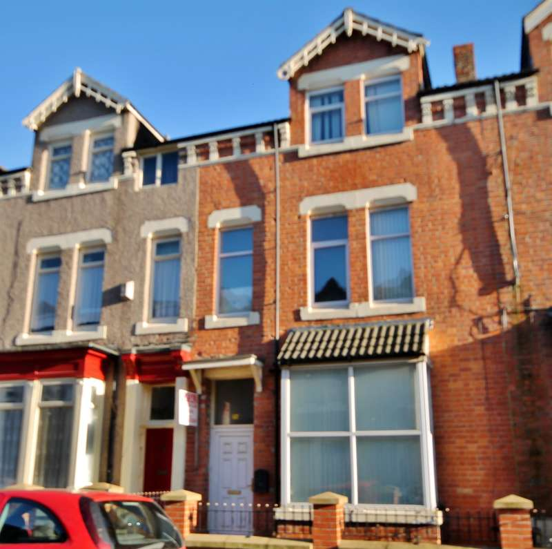 8 Bedrooms Terraced House for sale in Hartington Road, Stockton-on-Tees, TS18 1HD