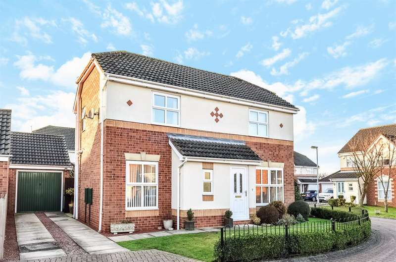 3 Bedrooms Detached House for sale in Ruffhams Close, Wheldrake, York, YO19 6TD
